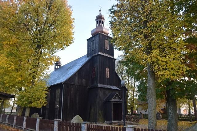 """""""Po kilkugodzinnym marszu doszliśmy do Pomieczyna. Wieść, że """"Stutthof"""" jest w kościele, lotem błyskawicy obiegła wieś"""""""