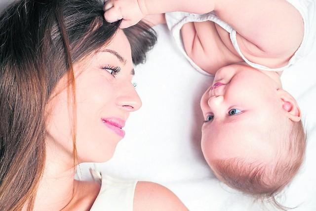 Każda mama może przerwać urlop macierzyński, a w tym czasie może skorzystać z niego tata dziecka