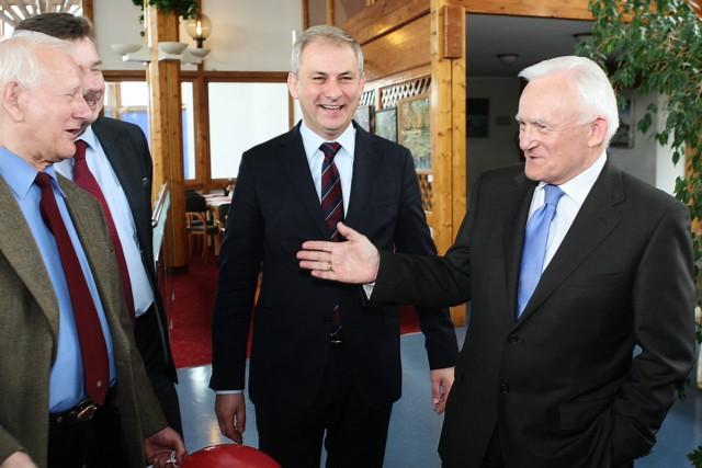 Leszek Miller w Szczecinie. SLD zainaugurowało dzisiaj kampanię do Parlamentu Europejskiego.