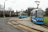 Dwa wykolejenia tramwajów na pętlach we Wrocławiu