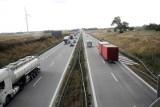 Dwóch pięciolatków szło w stronę autostrady A4. W porę zauważył ich policjant
