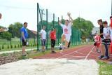 Uczniowskie igrzyska w gminie Wielka Wieś. Skakali, biegali, rzucali piłką