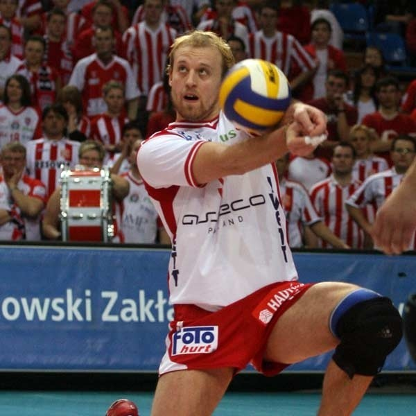 W Warszawie tylko Karel Kvasnicka zagrał bardzo dobra partię. Pozostali spisywali się bardzo słabo lub grali w kratkę.