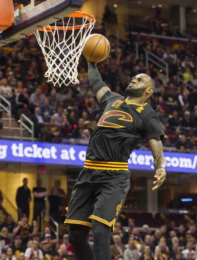LeBron James zaliczył triple-double