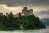 Oto najpiękniejsze zamki leżące wokół Tatr [ZDJĘCIA]