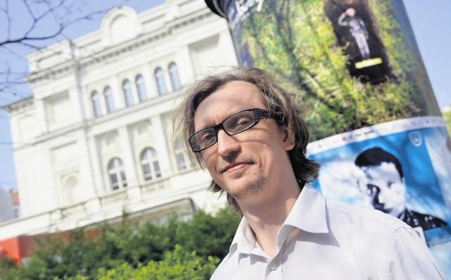 Dyrektor Teatru Polskiego Paweł Szkotak mówi, że Wielkanoc to okazja, by porozmawiać z rozsianą po Europie rodziną
