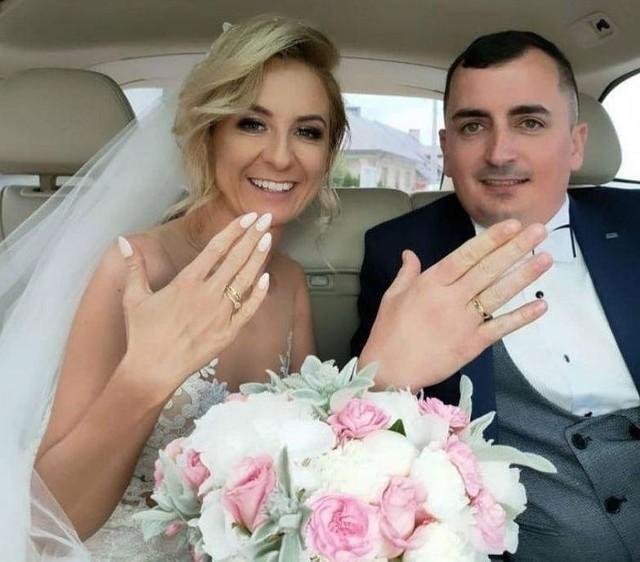 Sara poślubiła Dawida w sobotę 5 czerwca 2021 roku.