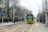 Fatalny stan torowiska na ul. Fredry. Konieczny jest remont, dlatego tramwaje linii nr 8 od 14 grudnia będą kursować inną trasą