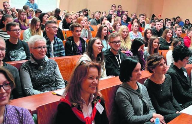 Wykłady na UZ przyciągnęły wręcz tłumy słuchaczy