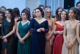 Studniówka 2020: Maturzyści z V LO w Poznaniu bawili się w hotelu Andersia. Zobacz zdjęcia