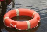 Mężczyzna utonął w jeziorze pod Zdzieszowicami. O jego życie walczył zespół LPR, ale ratownikom nie udało się przywrócić krążenia