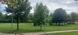 Mieszkańcy Brodnicy i turyści nie wejdą do parków Anny Wazówny i Jana Pawła II