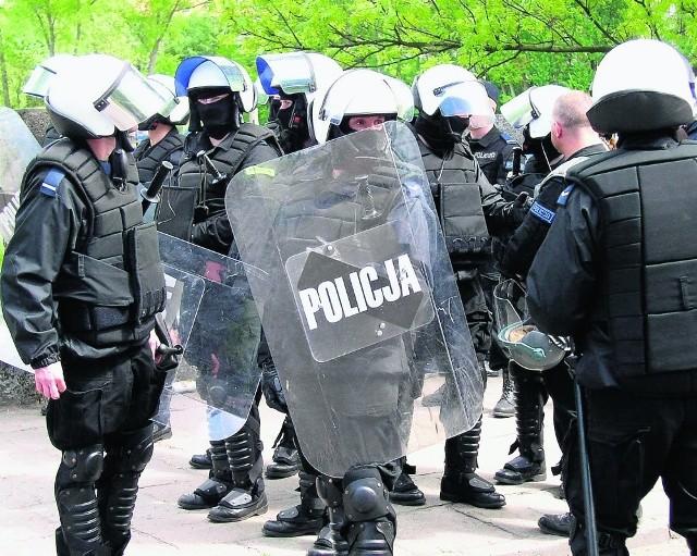 Konflikt pomiędzy policjantami a pełniącym obowiązki komendanta powiatowego w Sztumie nie sprzyja atmosferze pracy jednostki. Policjanci złożyli skargę