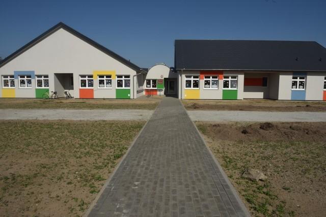 Zamknięte żłobki i przedszkola. Wyjątkiem będzie opieka nad dziećmi pracowników medycznych i służb porządkowych