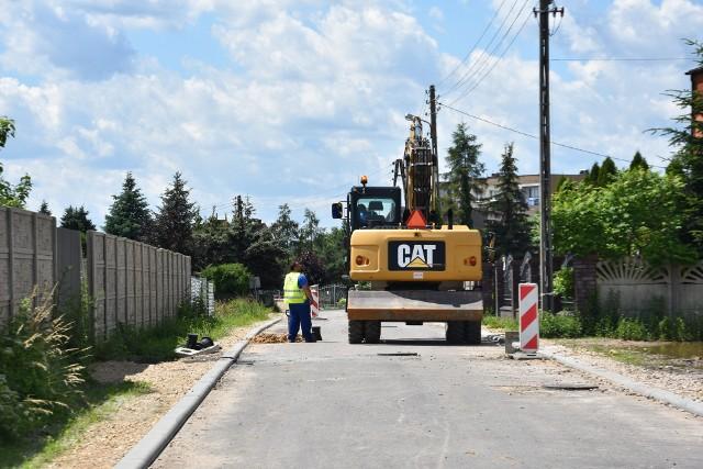 Budowa ulicy Ogrodowej w Myszkowie.Zobacz kolejne zdjęcia. Przesuwaj zdjęcia w prawo - naciśnij strzałkę lub przycisk NASTĘPNE