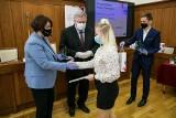 Kujawsko-Pomorskie: Stypendia marszałka rozdane! Oto lista nagrodzonych