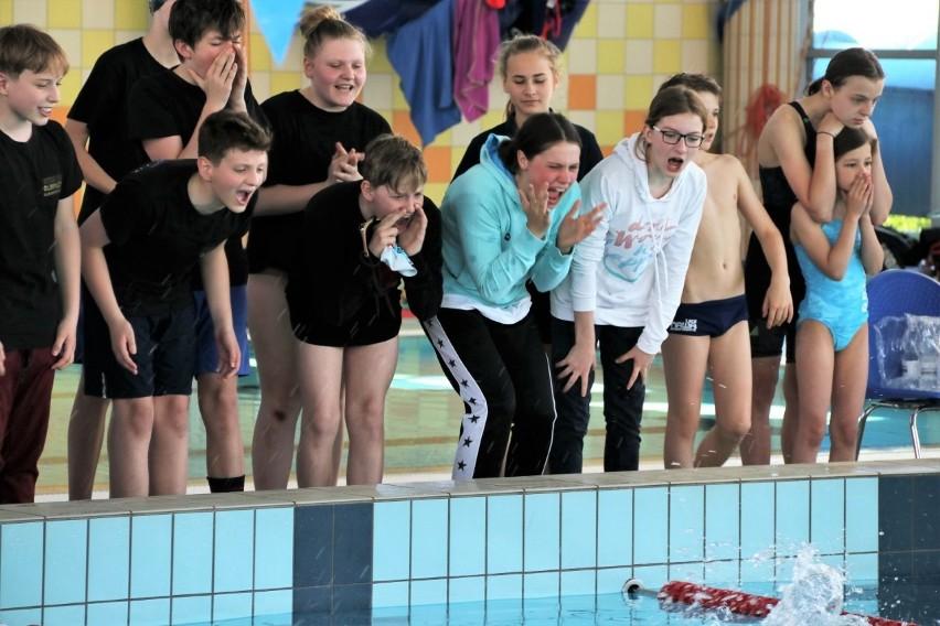 Pływanie 10 i 11-latów. Emocji nie brakowało. Zwycięstwo UKS SP 149 Łódź