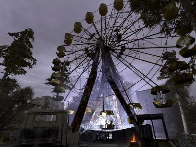 Screen z gry S.T.A.L.K.E.R. Cień Czarnobyla z jednym z najbardziej charakterystycznych miejsc w Prypeci.