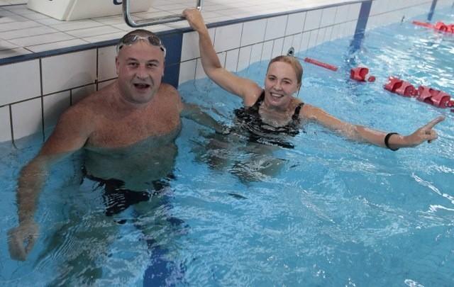 Pani radna całkiem dobrze poradziła sobie w wodzie, nie odstępując umiejętnościami Szałabawce, którego hobby to nurkowanie.