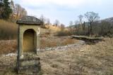 Zapraszamy na wiosenny spacer do Czarnego, Radocyny i Nieznajowej. Nieistniejące wsie ziemi gorlickiej mają teraz wyjątkową wymowę [ZDJĘCIA]