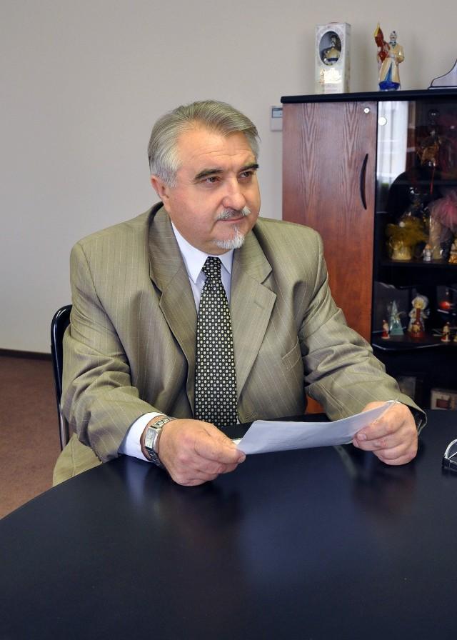 - Rok 2012 zakończyliśmy z wynikiem 2,5 mln na plusie, a już 2013 z 13 mln na plusie – mówi Zbigniew Łukasik, rektor Uniwersytetu Technologiczno – Humanistycznego w Radomiu