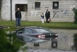 Auto po powodzi. Jak rozpoznać? Na co zwrócić uwagę?