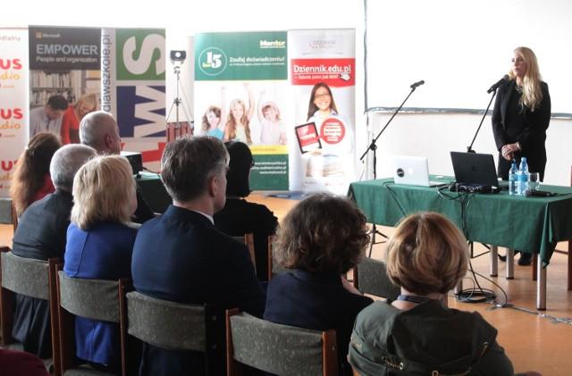 Ogólnopolska konferencja o cyfrowej szkole i administracji w Zespole Szkół Technicznych w Radomiu.