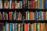 """[URL NM] Literatura, która jest naprawdę """"NAJ"""", czyli najciekawsze książkowe rekordy Guinnessa"""
