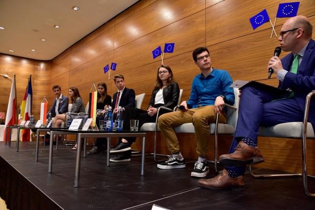 09.05.2018 warszawawarszawa debata dni europy w ambasadzie niemiec z udzialem ambasadorow niemiec i francjifot.bartek syta