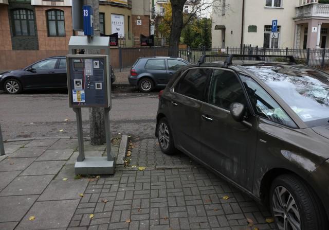 26 10 2016 sopot. strefa platnego parkowania w sopocie.  fot. piotr hukalo / dziennik baltycki / polska press