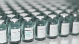 Trzecia dawka szczepionki na koronawirusa Moderny dopuszczona dla osób w wieku od 18 lat