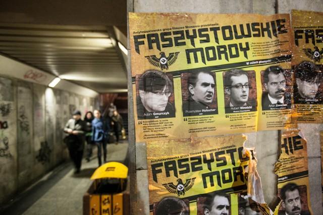 Takie plakaty, które wczoraj pojawiły się w przejściu podziemnym przy Galerii Łódzkiej są również rozlepiane w Warszawie.
