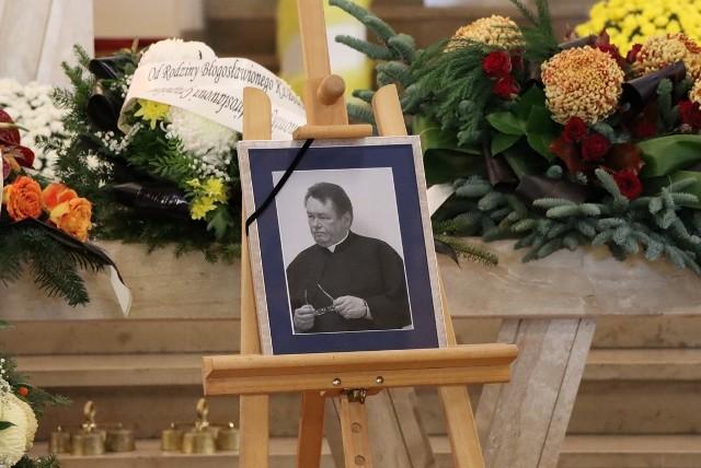 Ksiądz Mirosław Dragiel zmarł 30 października. Od ponad 20 lat pełnił posługę jako kapelan policji na Mazowszu.