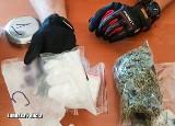 Zielona Góra. Policjanci zatrzymali 34-latka, który miał w domu ponad pół kilograma narkotyków o czarnorynkowej wartości ok. 20 tys. zł