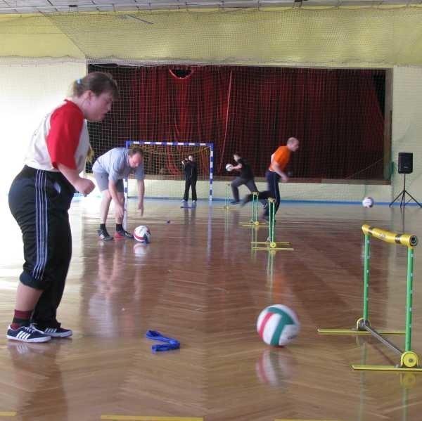 W zawodach wzięło udział 54 zawodników.