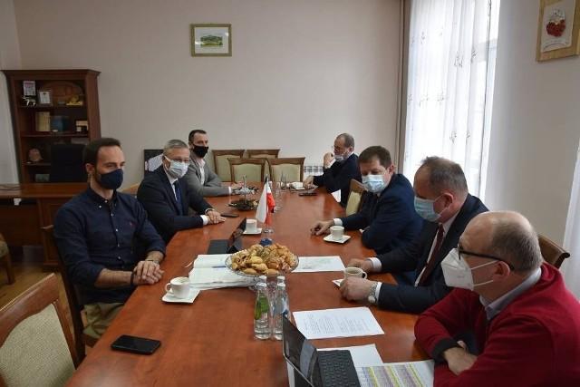 Wiosną tego roku podpisano porozumienie pomiędzy samorządem województwa, miastem Rypin, gminą Rypin i powiatem rypińskim
