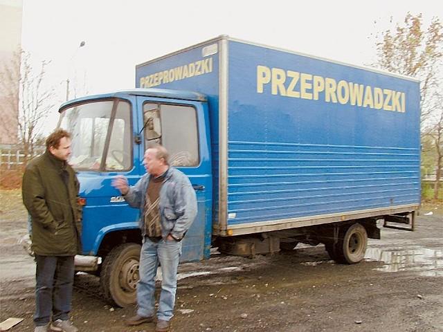 Przydałyby się w Opolu przeprowadzkowe firmy Węgiełka czy serialowego Szczygła.
