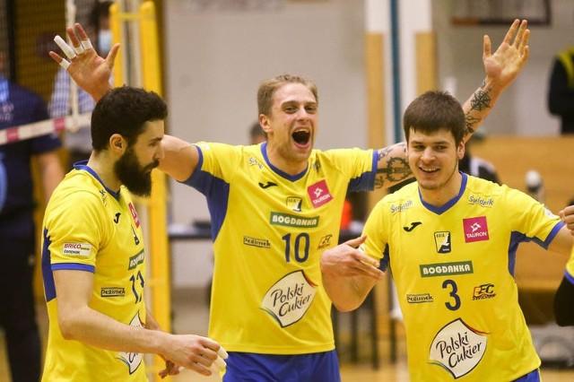 Mateusz Rećko (nr 10) spędzi kolejny sezon w barwach Polskiego Cukru MKS Avia Świdnik