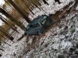Groźny wypadek koło Piesek. Trzy osoby w szpitalu [ZDJĘCIA]