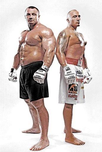 """Mariusz """"Pudzian"""" Pudzianowski (z lewej) i Marcin """"El Testosteron"""" Najman. Mamy nadzieję, że dostarczą nam dziś wieczorem emocji na miarę zapowiedzi pojedynku."""