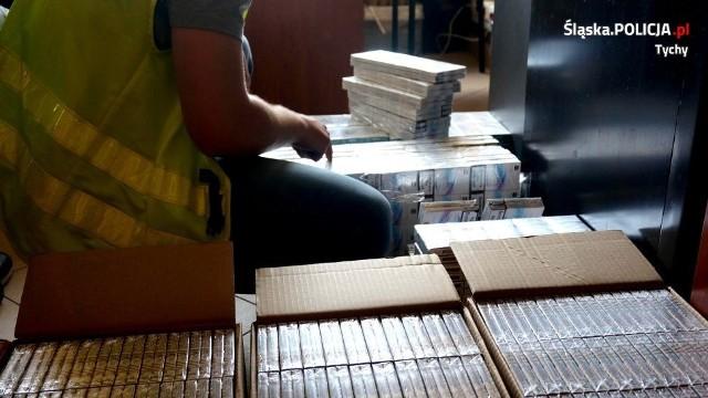 31 tys. sztuk papierosów znaleźli policjanci z Tychów w samochodzie 50-latki