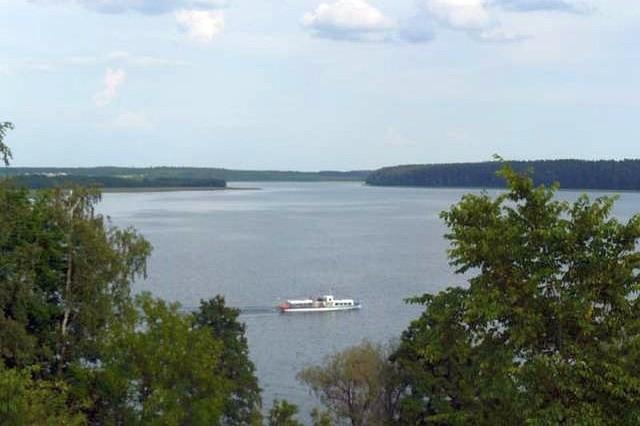 Jezioro Wigry to jedna z największych atrakcji Suwalszczyzny