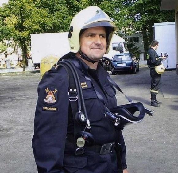 Strażacy z OSP w Wolinie z ogromnym smutkiem i niedowierzaniem przyjęli wiadomość o śmierci przyjaciela Marka Kapery (na zdjęciu). - Nigdy Cię nie zapomnimy Marku - zapewniają.