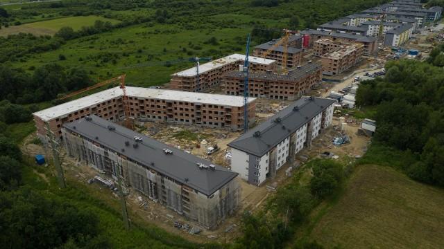 Budowa osiedla w ramach programu Mieszkanie Plus na krakowskich Klinach