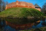 MIĘDZYRZECZ. Królewski zamek w pierwszych promieniach wiosny. Jest zachwycający! [ZDJĘCIA]