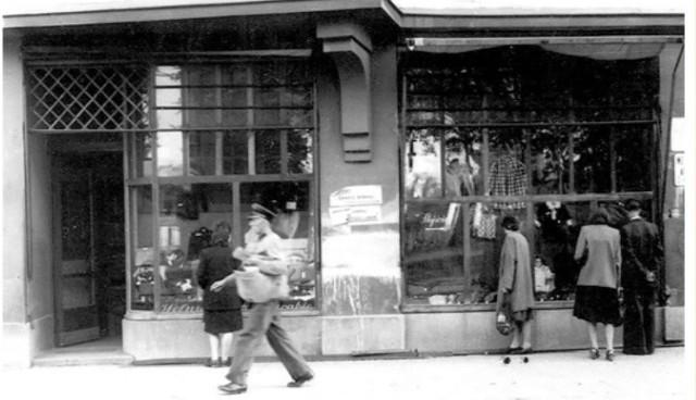 Sklep przy ul. 9 Marca w Słupsku.