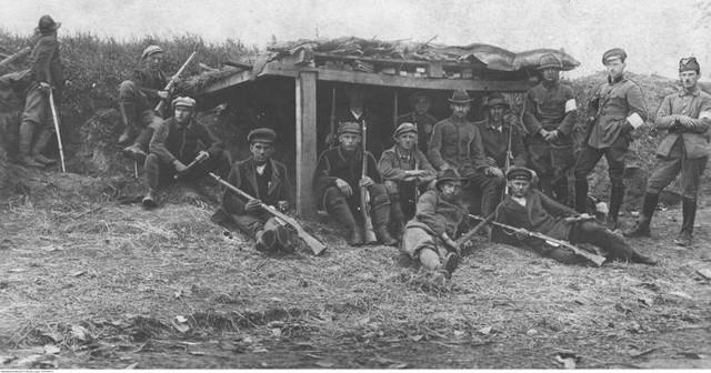 14. Wodzisławski Pułk Piechoty w czasie III Powstania Śląskiego w 1921 rokuZobaczkolejnezdjęcia. Przesuwajzdjęcia w prawo - naciśnij strzałkę lub przycisk NASTĘPNE