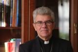 Bp Niemiec: Kościół nie może powiedzieć człowiekowi: radź sobie sam, musi być blisko ludzi. Rozmowa o kryzysie Kościoła i wiary