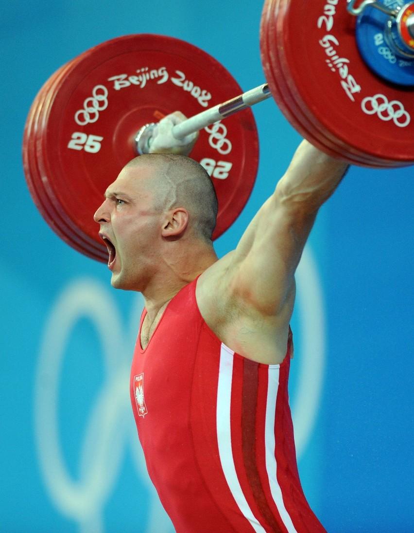 Szymon Kołecki ma dwa medale igrzysk olimpijskich - srebrny (Sydney 2000) i złoty (Pekin 2008).