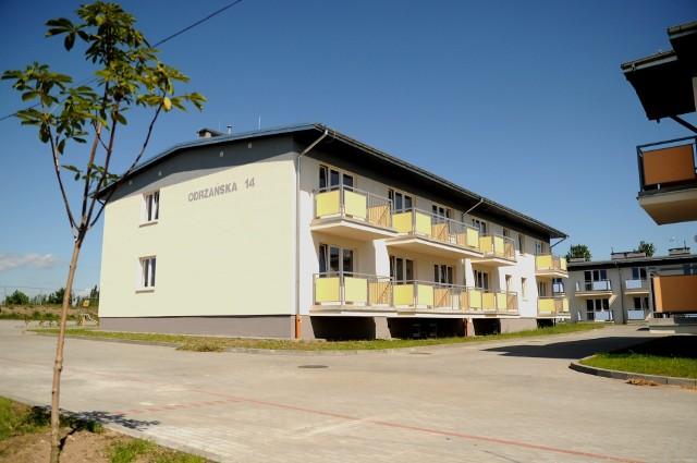 Bloki socjalne przy ul. OdrzańskiejBloki socjalne przy ul. Odrzańskiej są oddawane do użytku, to jedna z największych inwestycji mieszkaniowych realizowanych przez miasto w ostatnich latach